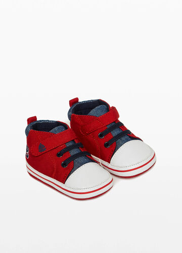 Sneakers with Velcro strap and lettering embroidery