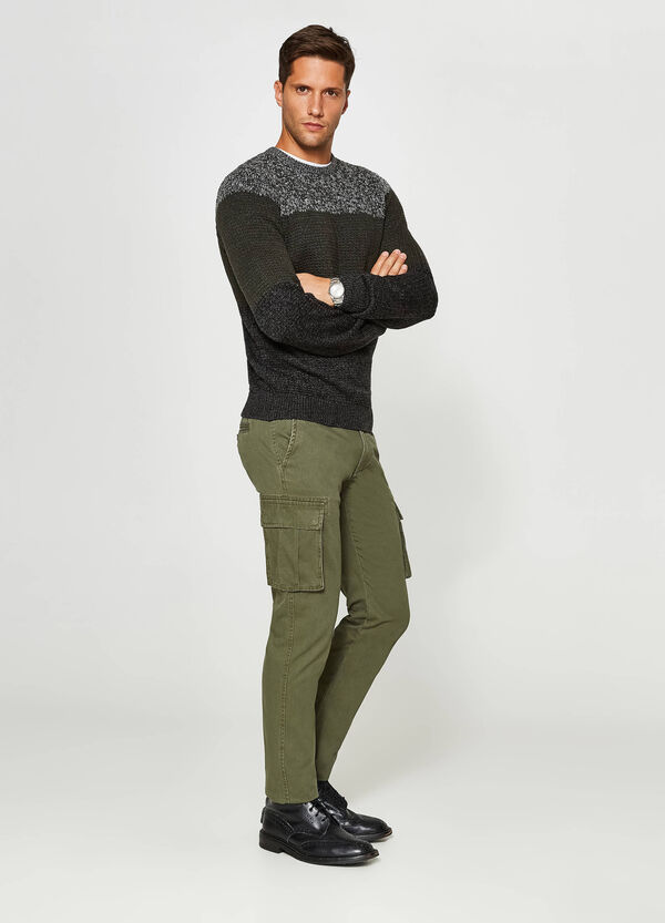Pantaloni chino regular fit cargo | OVS