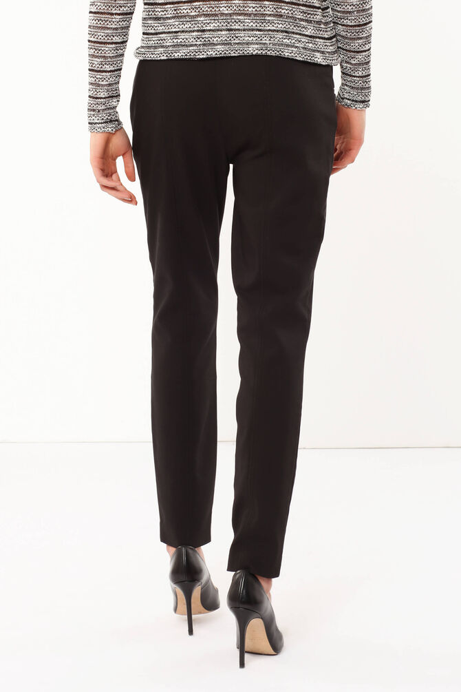 Trousers with zip
