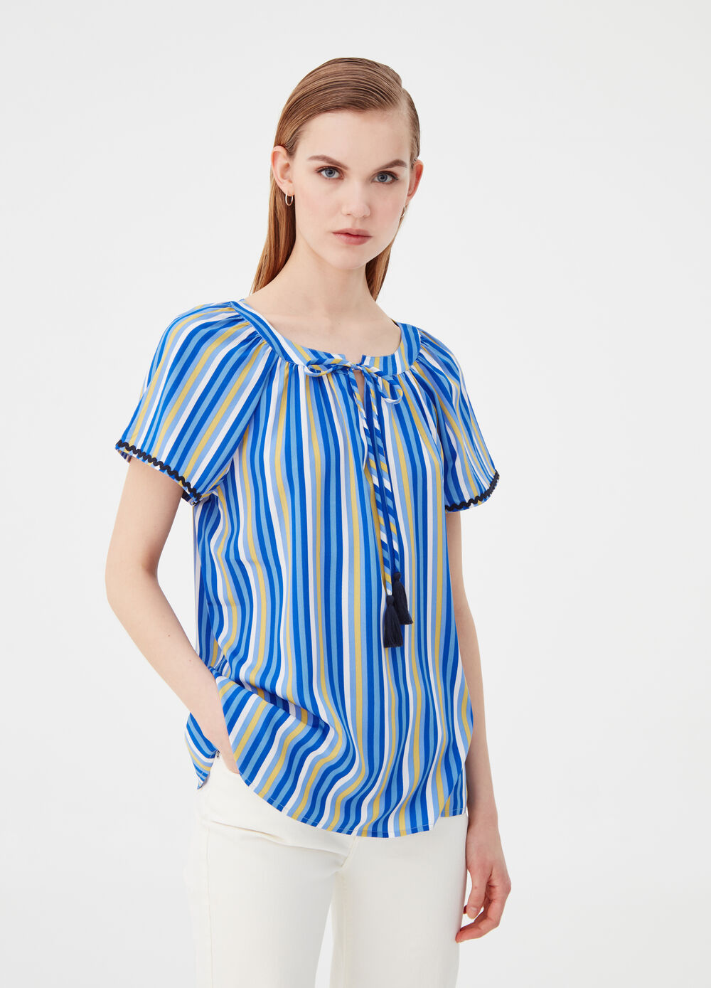 Fluid fabric blouse with striped pattern