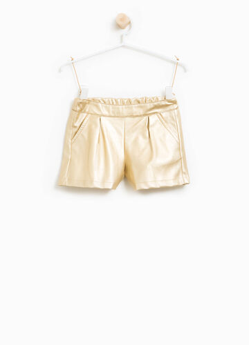 Leather-look pleated shorts