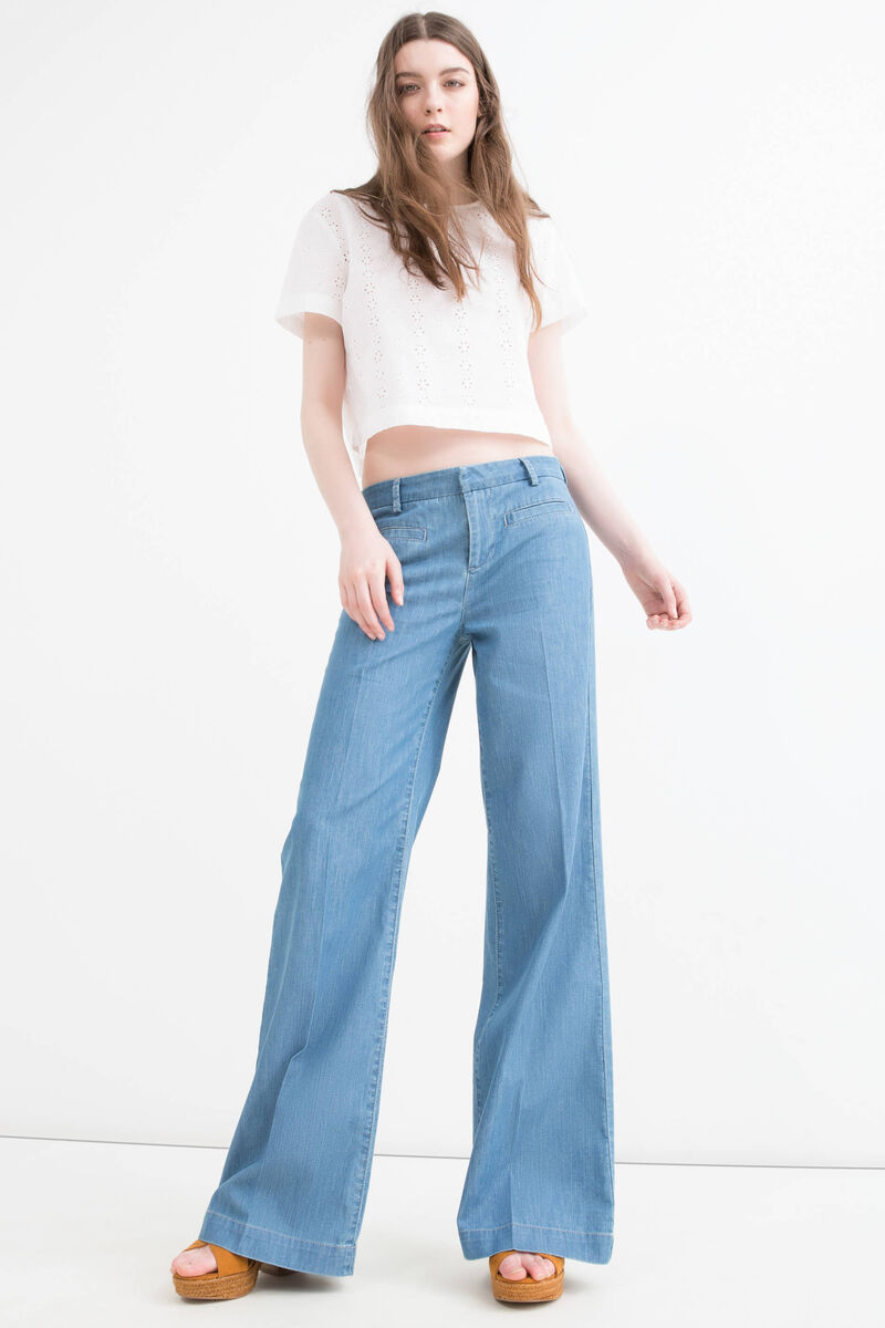 High-waist flare fit jeans