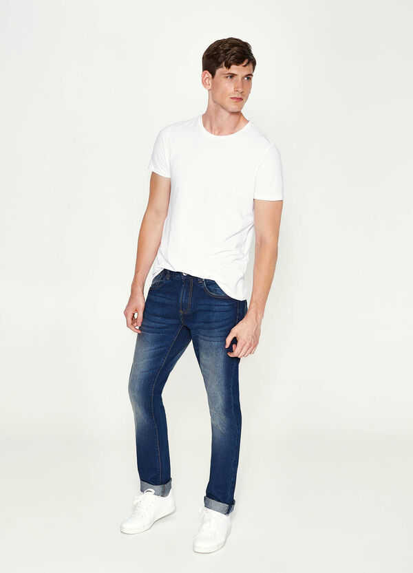 Straight-fit jeans with turn-ups