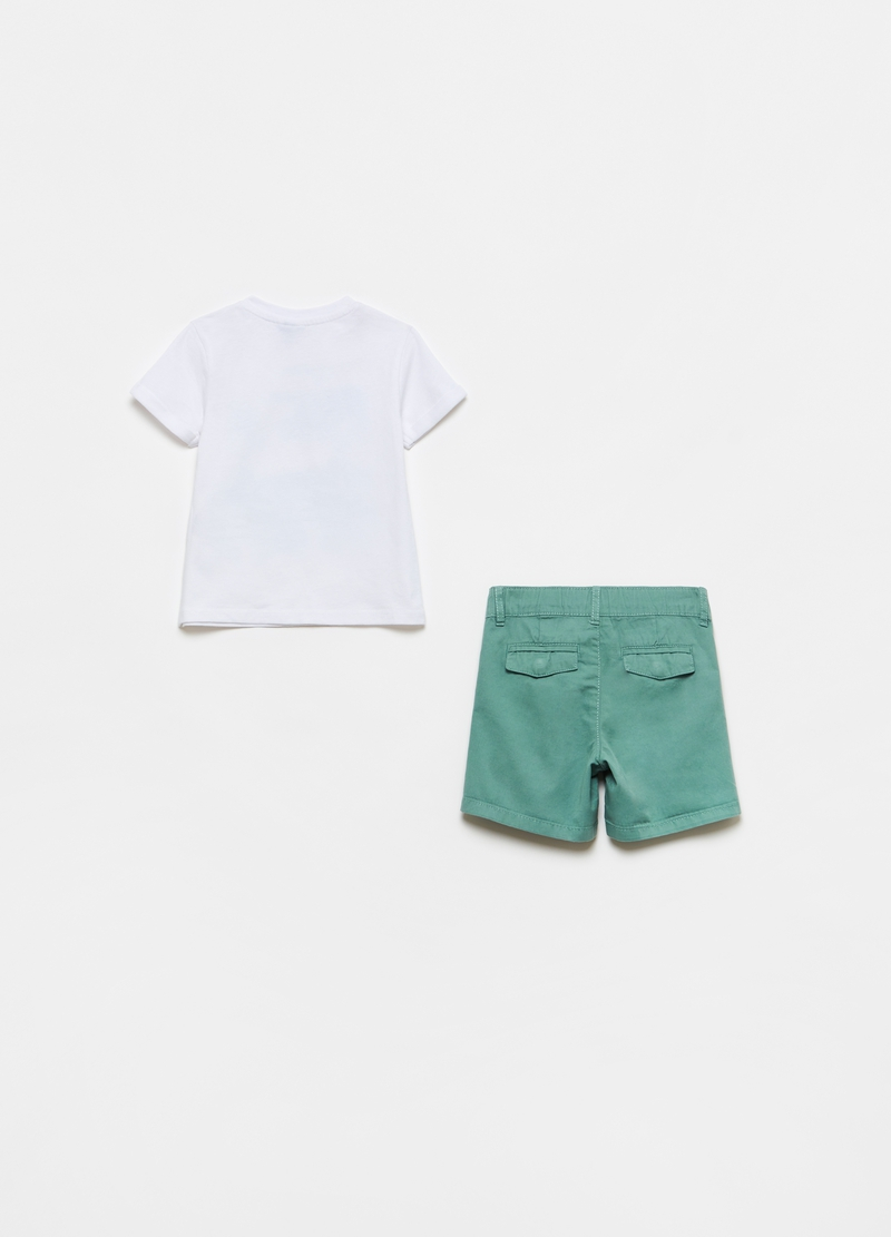 T-shirt and shorts set with print image number null