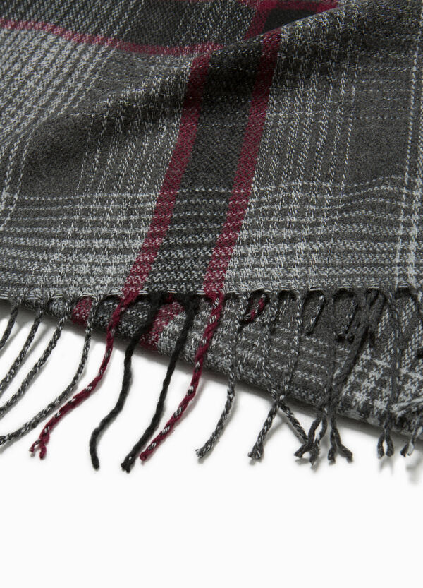 Checked scarf with long fringe