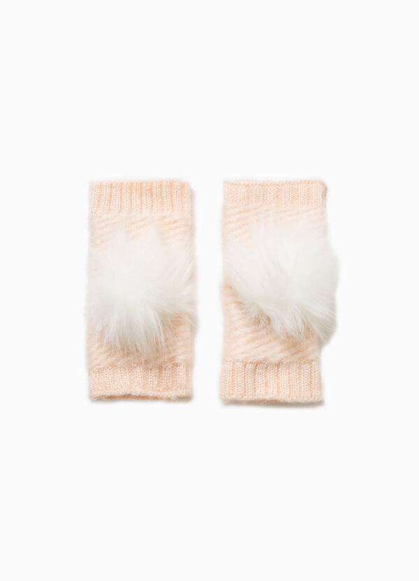 Fingerless gloves with pompoms