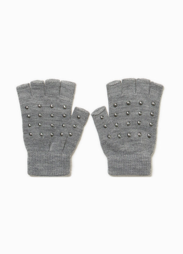 Fingerless gloves with studs