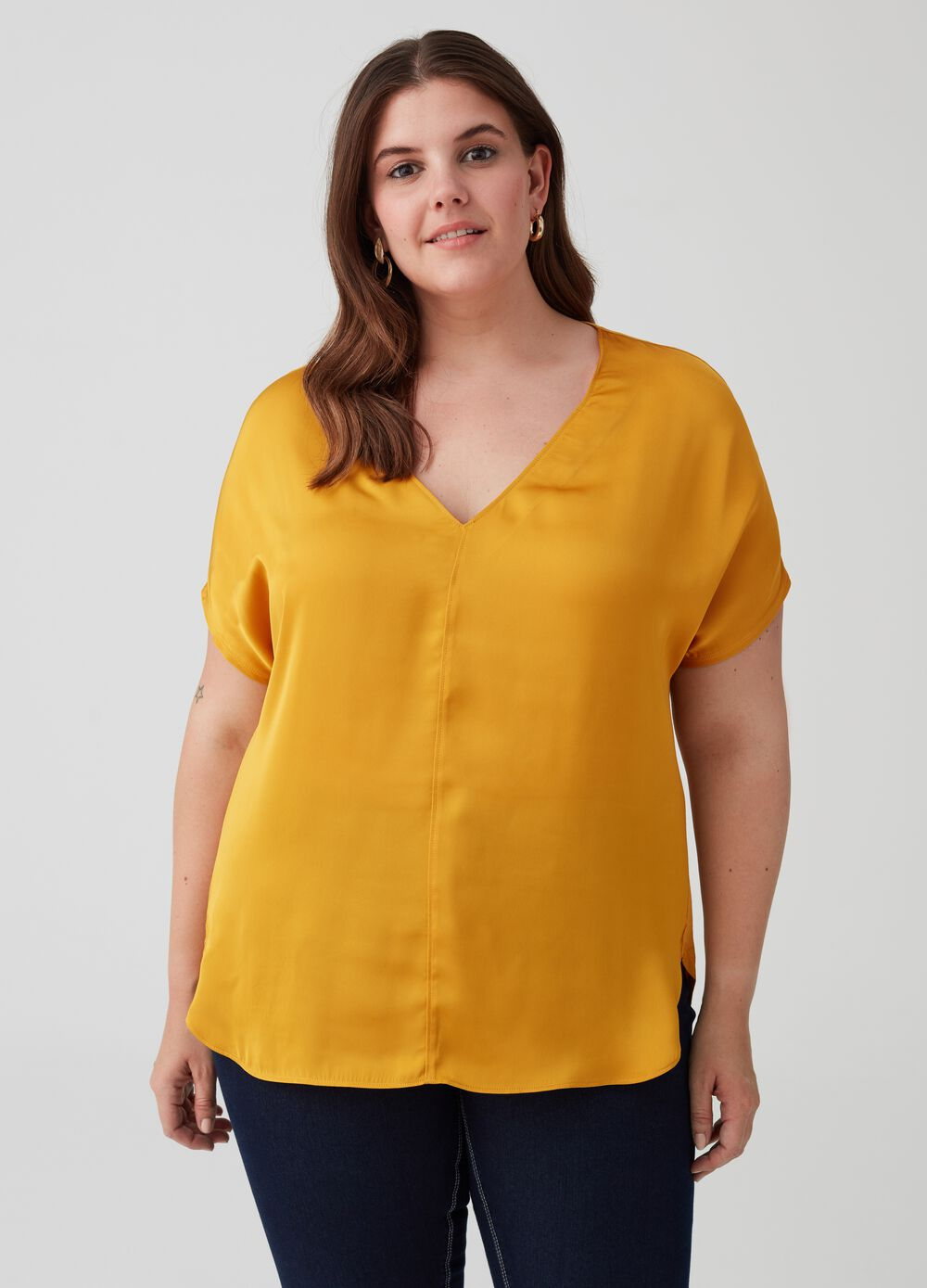 Curvy 100% viscose T-shirt