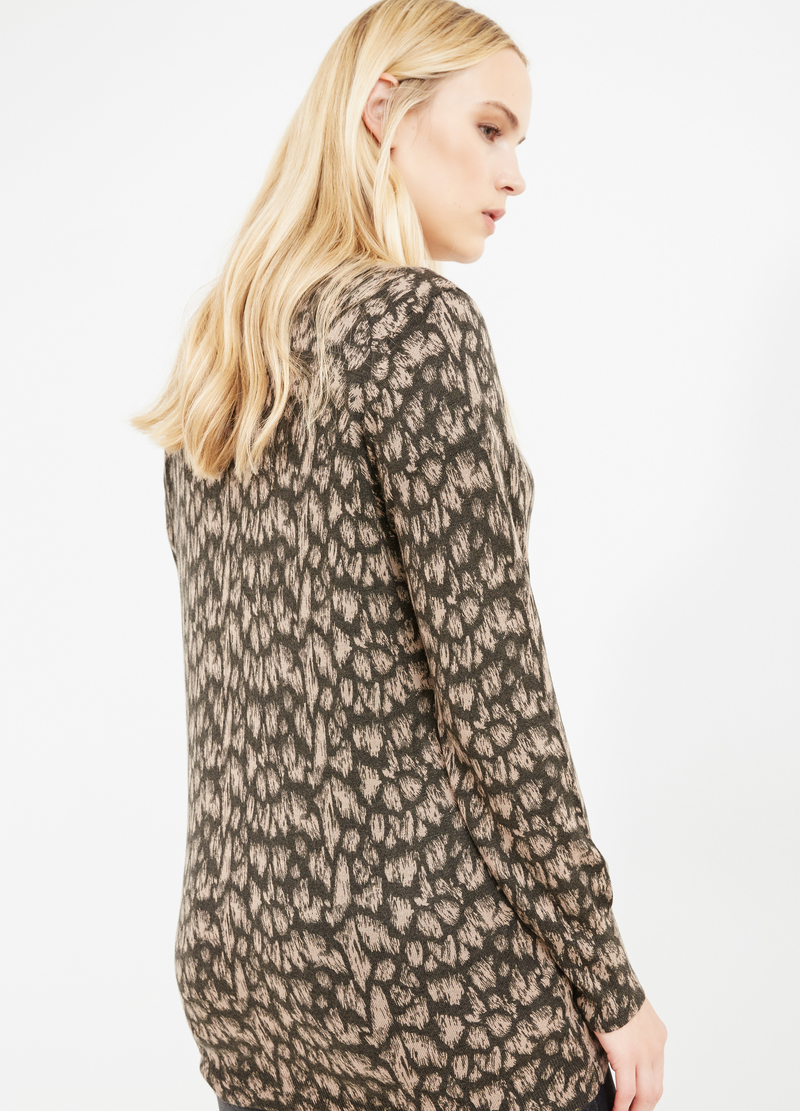Curvy cardigan with ribbing image number null