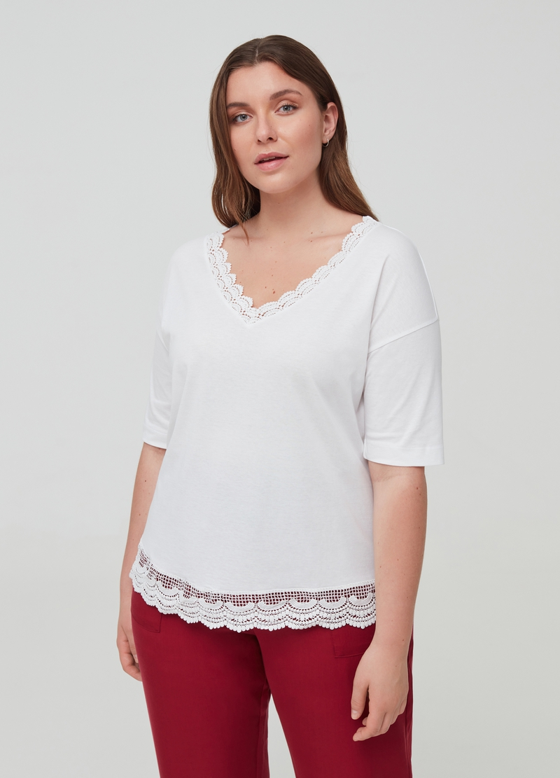 Curvy T-shirt in organic cotton with lace image number null