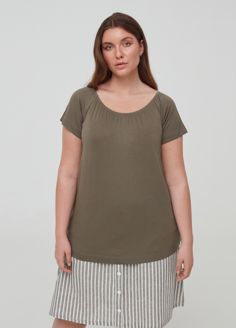 Curvy ribbed T-shirt in stretch viscose image number null