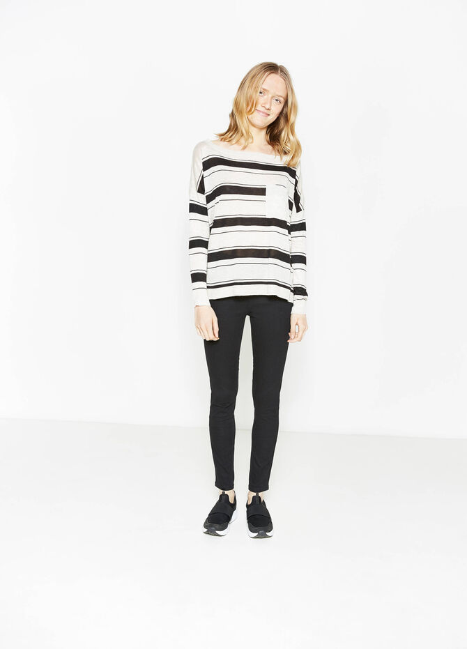 Striped pullover with small pocket