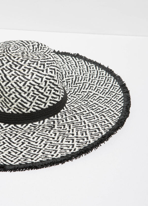 Wide-brimmed hat with geometric pattern | OVS