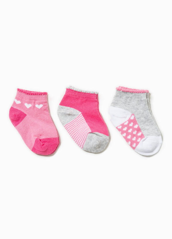 Three-pair pack striped and hearts socks | OVS