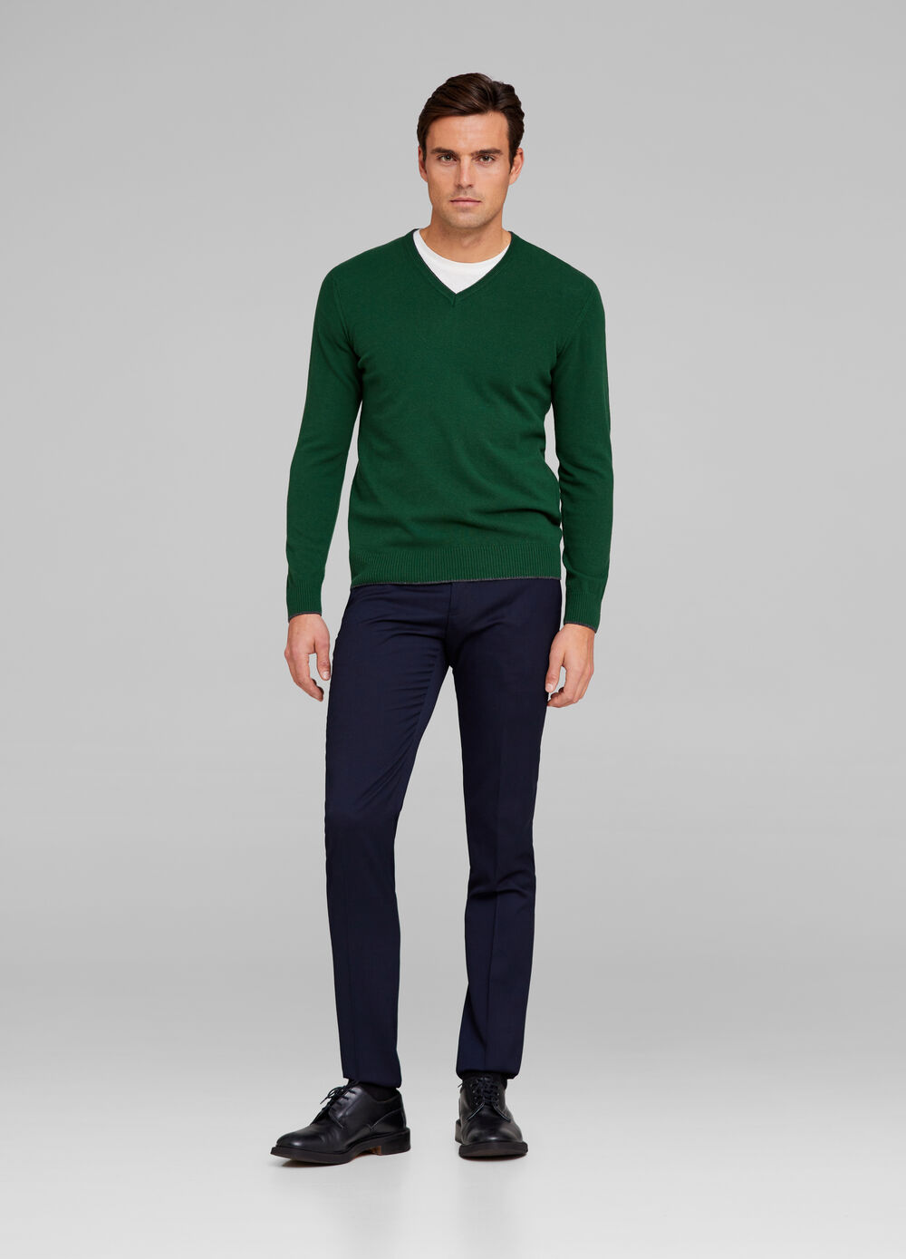 V-neck pullover in tencel and wool blend