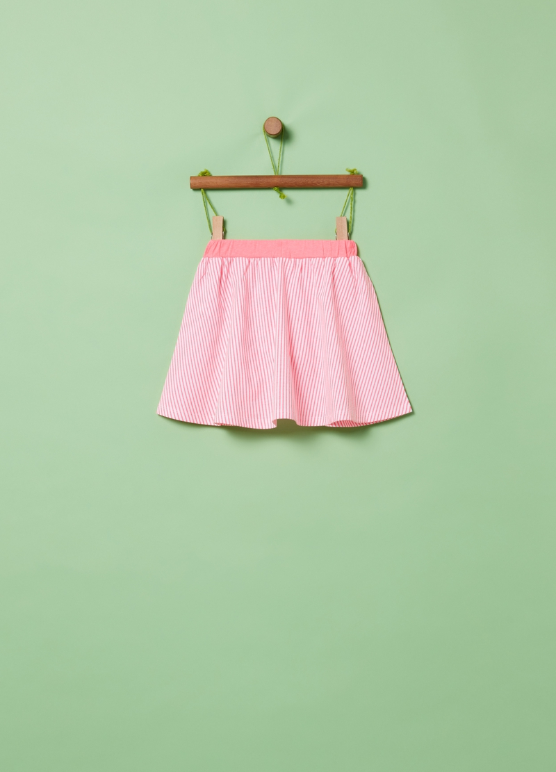 Pleated and striped skirt image number null