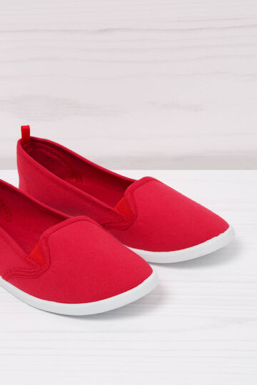 Solid colour slip-ons