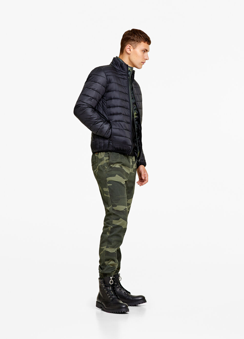 Solid colour ultra-light down jacket