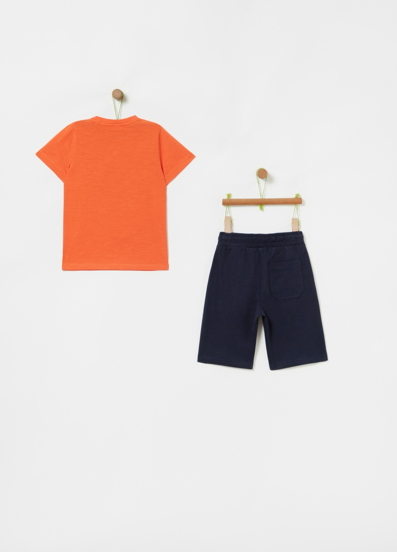 Jogging set with T-shirt and Bermuda shorts with pocket image number null