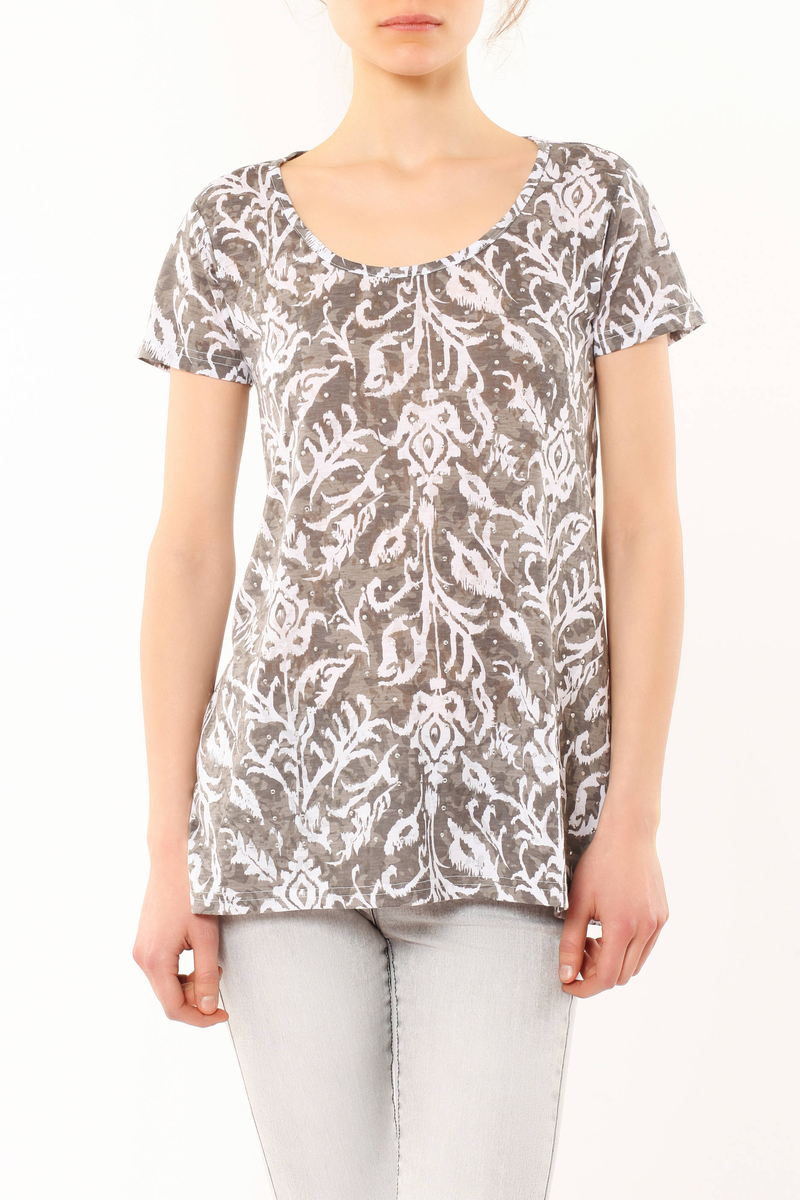 Patterned T-shirt image number null