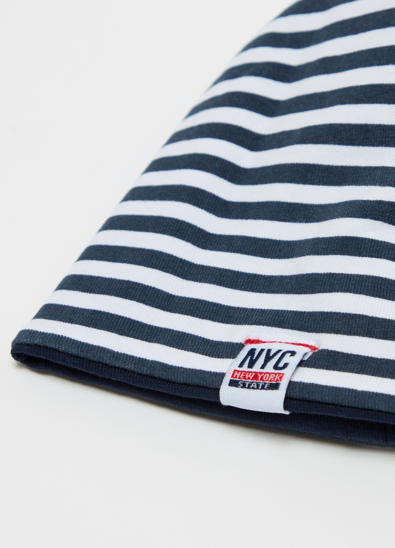 Stretch organic cotton jersey hat. image number null