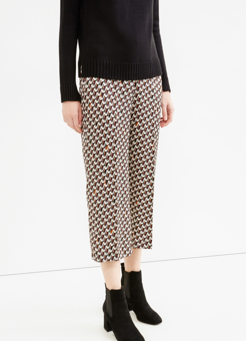Crop trousers with diamond pattern image number null