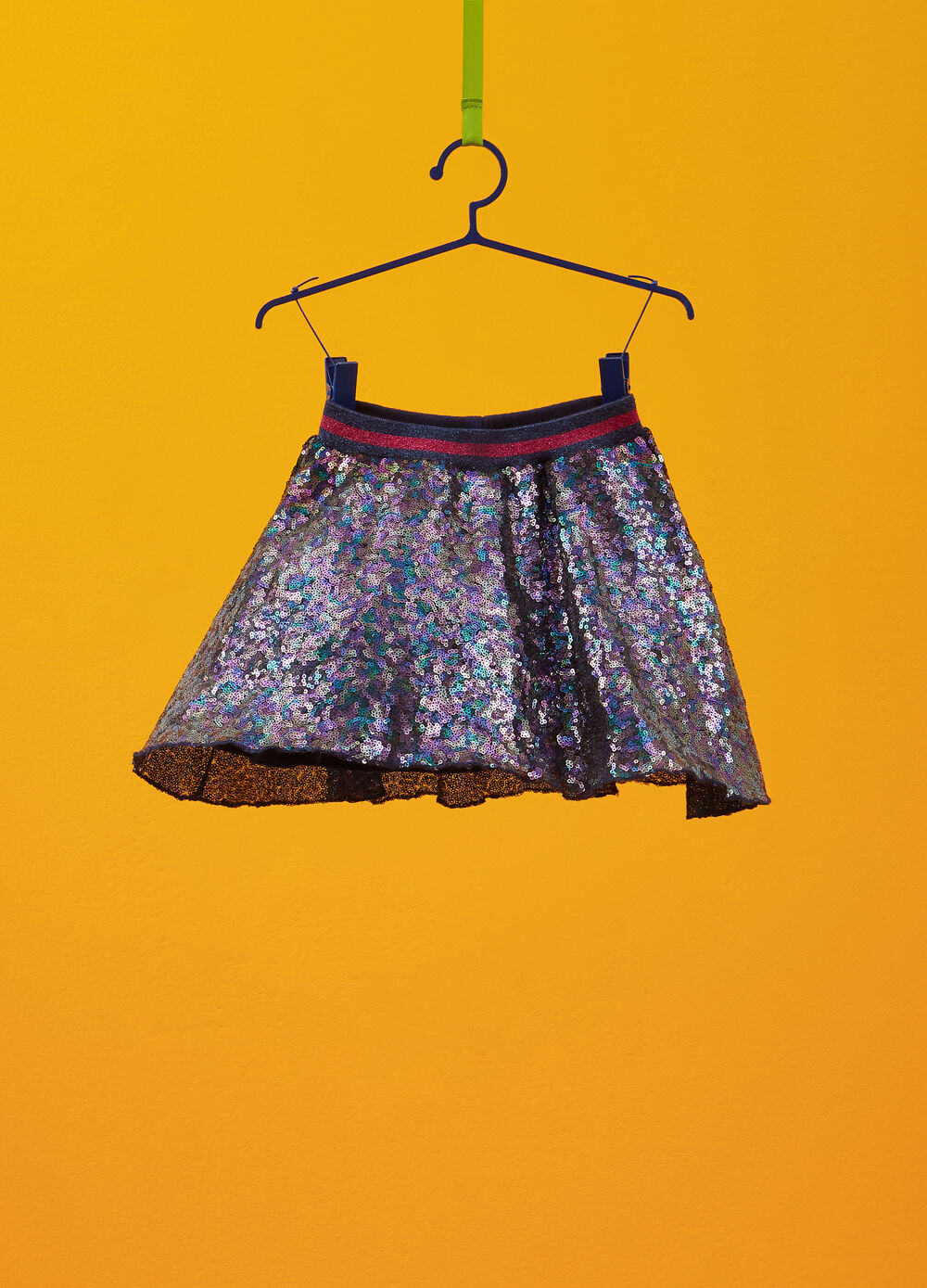 Sequinned skirt with glitter waistband