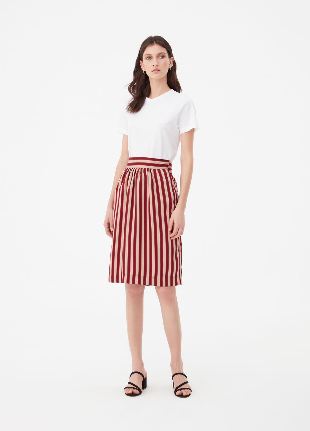 Skirt with striped knotted belt