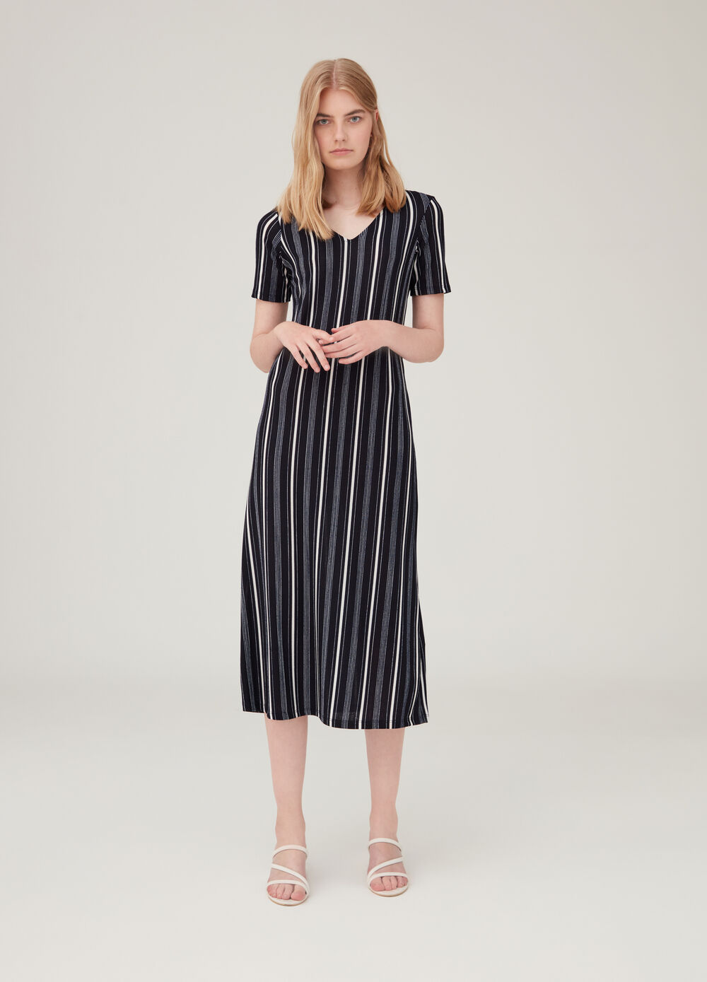 Long stretch dress with striped pattern