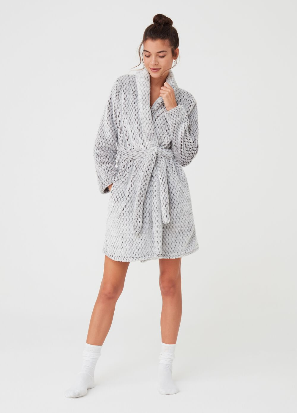 Honeycomb chenille-effect dressing gown