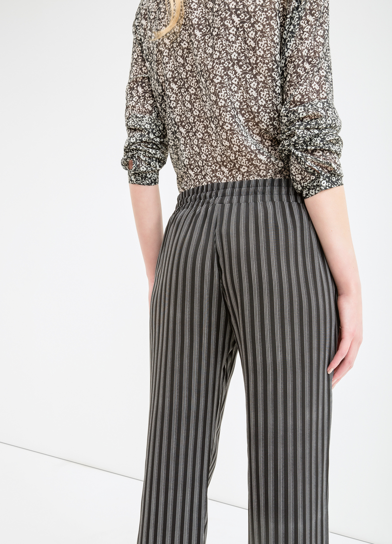 Pantaloni fantasia con coulisse image number null