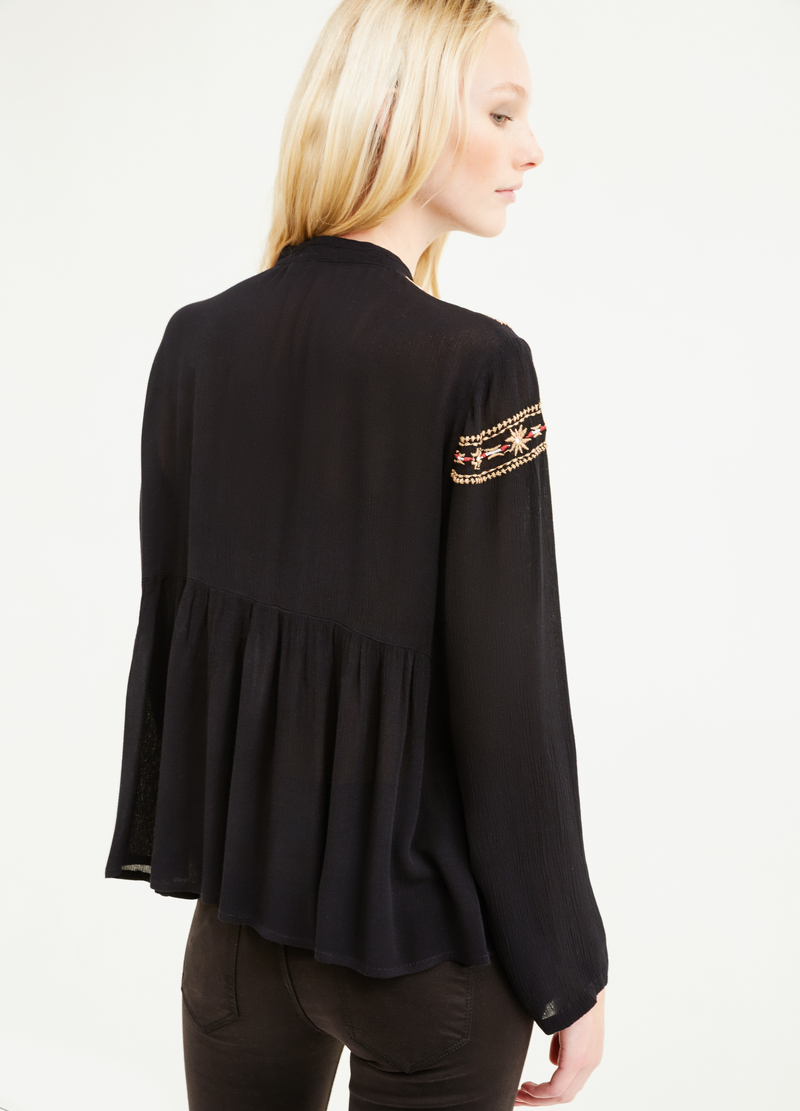 100% viscose blouse with embroidery image number null