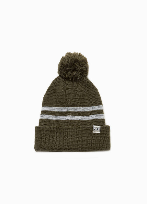 Beanie cap with pompom and patch
