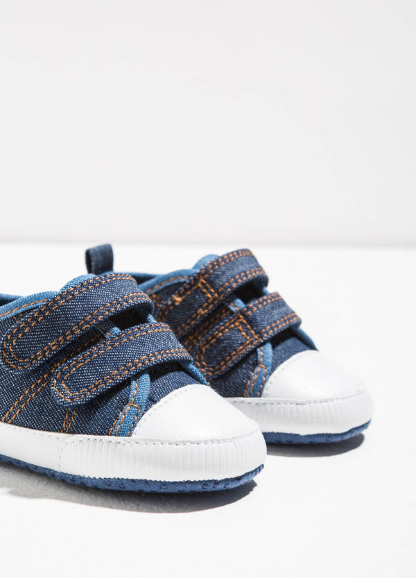 Sneakers with rips and stitching | OVS