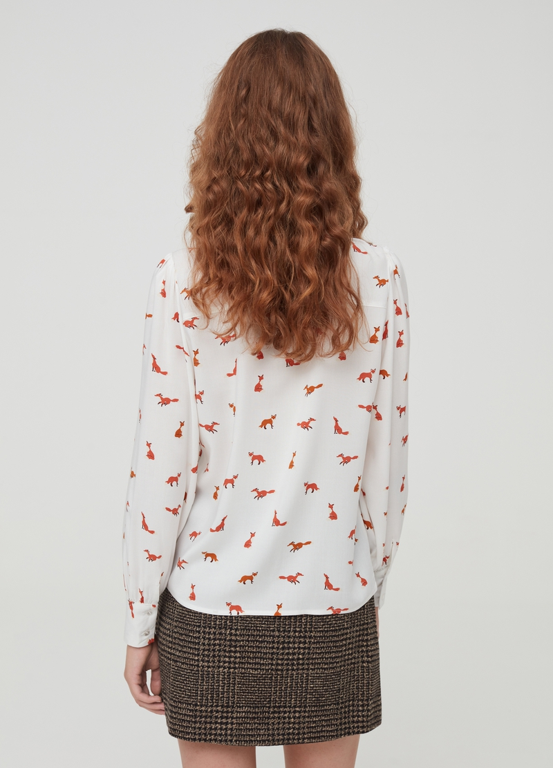 Shirt in 100% viscose with fox pattern image number null