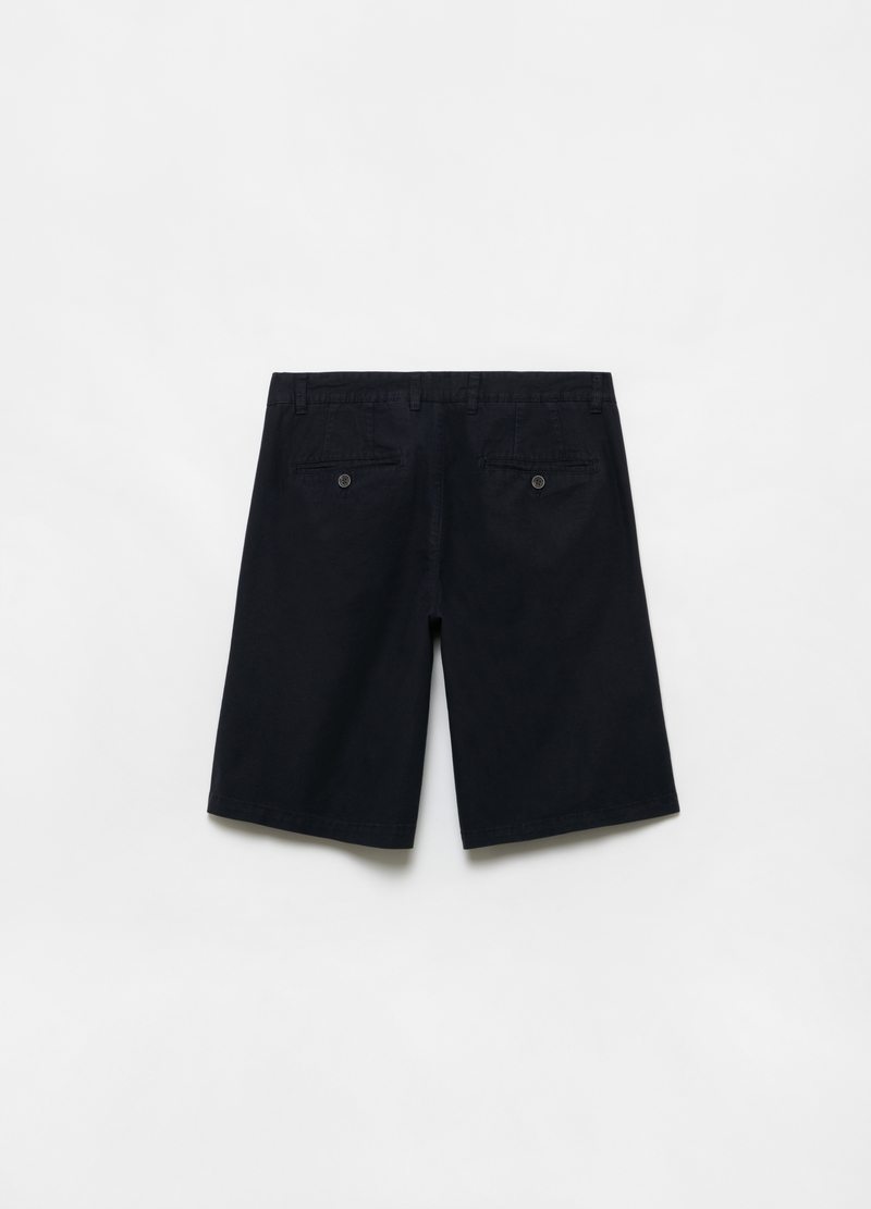 Solid colour regular-fit chino Bermuda shorts image number null