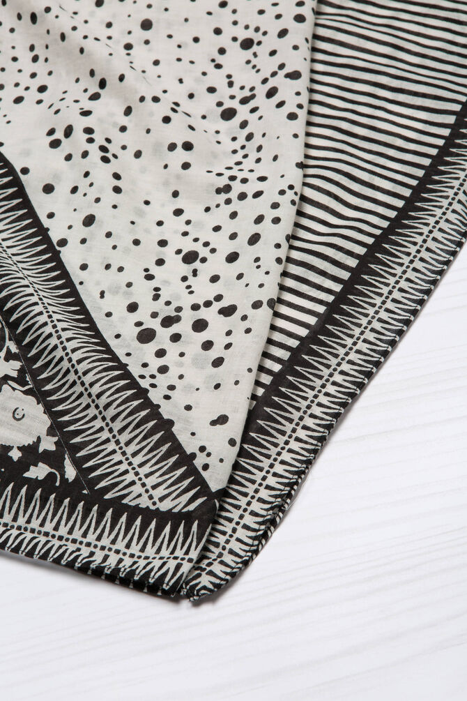 Printed scarf in 100% cotton