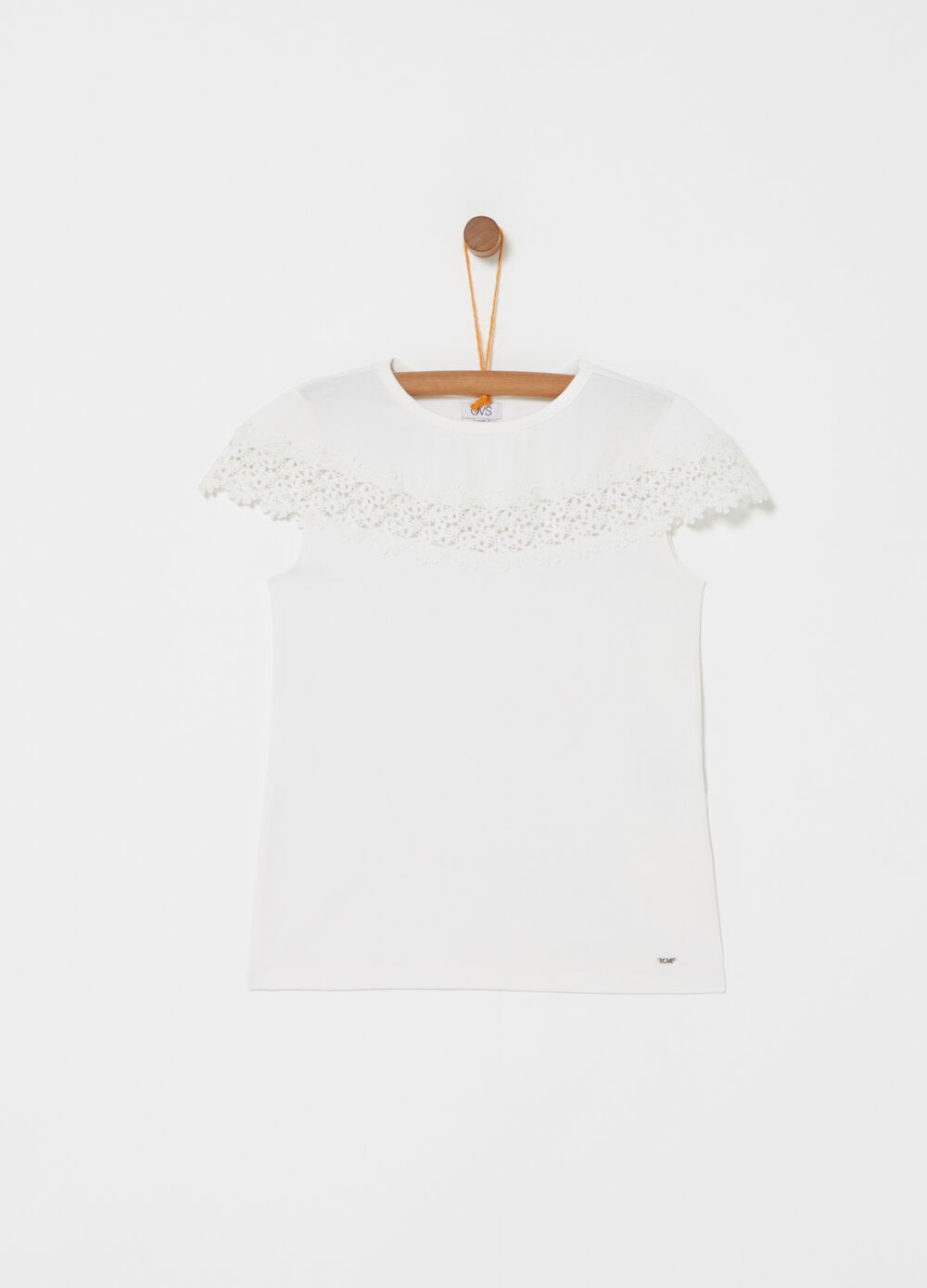 T-shirt stretch con pizzo floreale