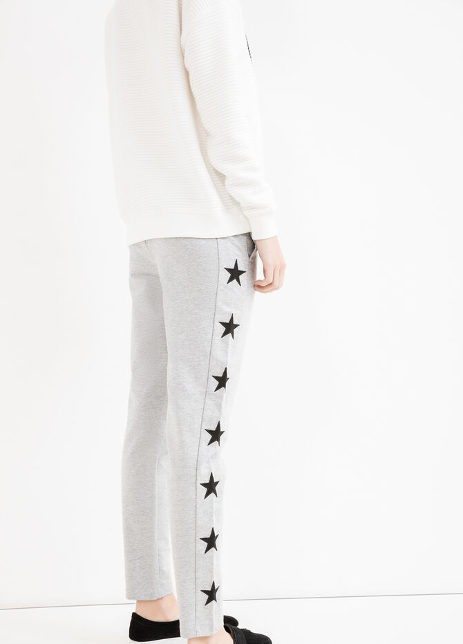 Joggers with stars patches