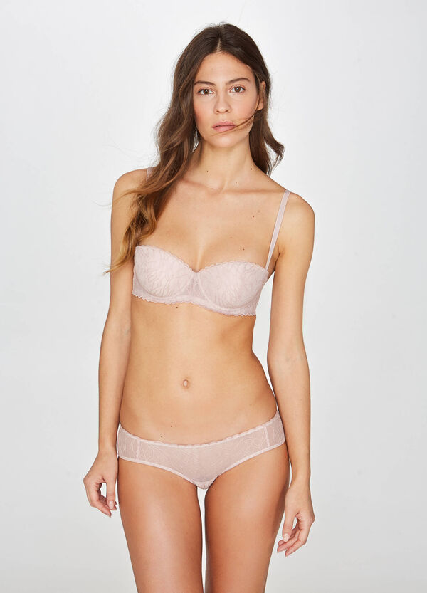 Balconette bra with embroidery