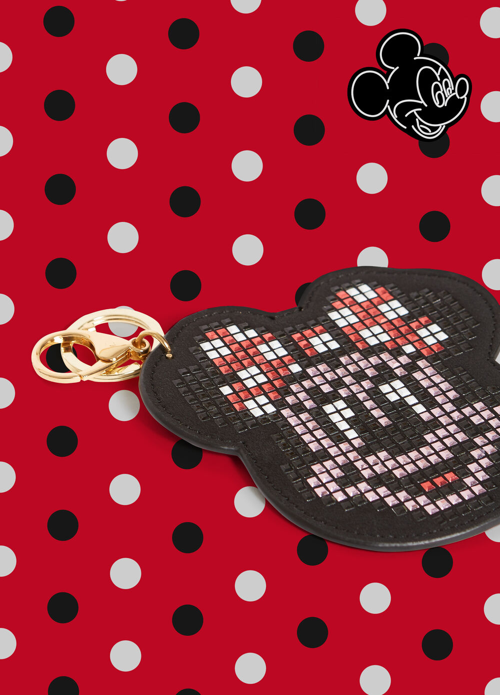 Minnie Mouse keyring with studs