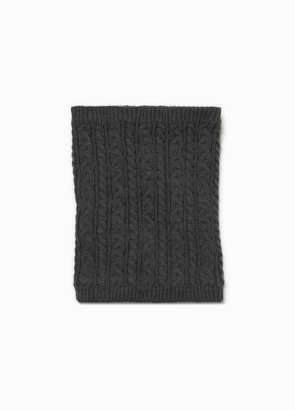 Solid colour knitted neck warmer