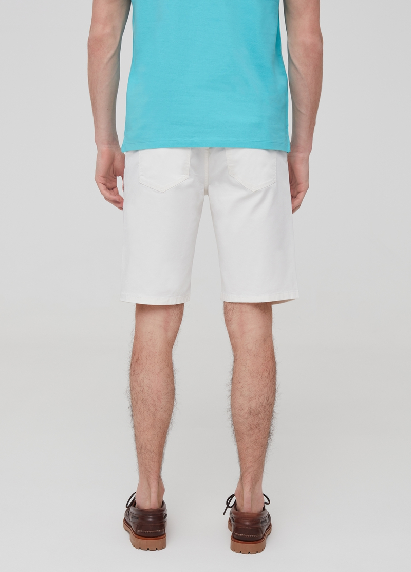 Slim-fit Bermuda shorts with five pockets image number null