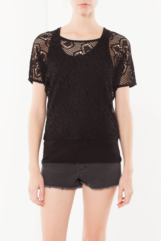 Lace T-shirt with top