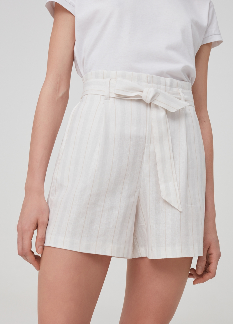 Striped shorts in linen and viscose image number null