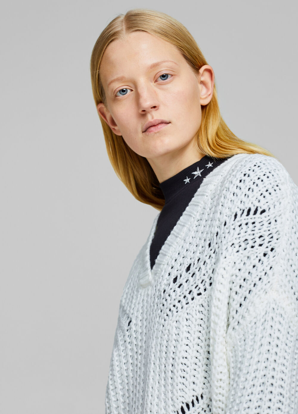 Oversize pullover with openwork weave