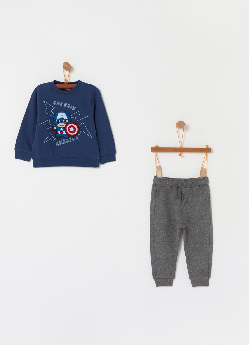 The Avengers sweatshirt and trousers jogging set image number null