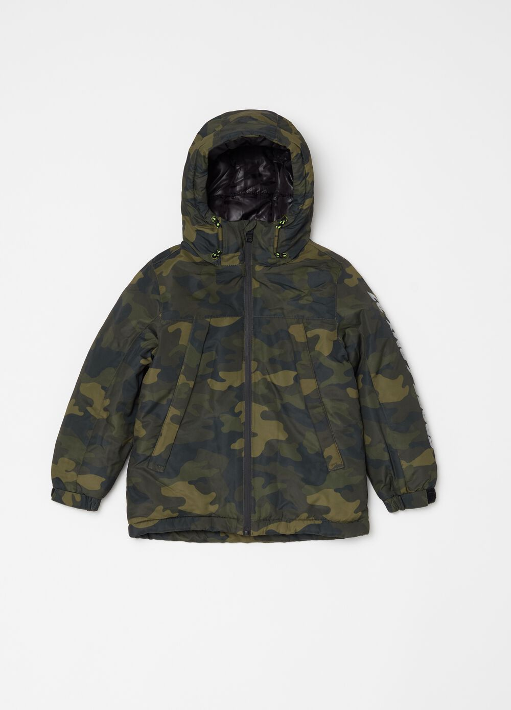 Padded jacket with camouflage pattern