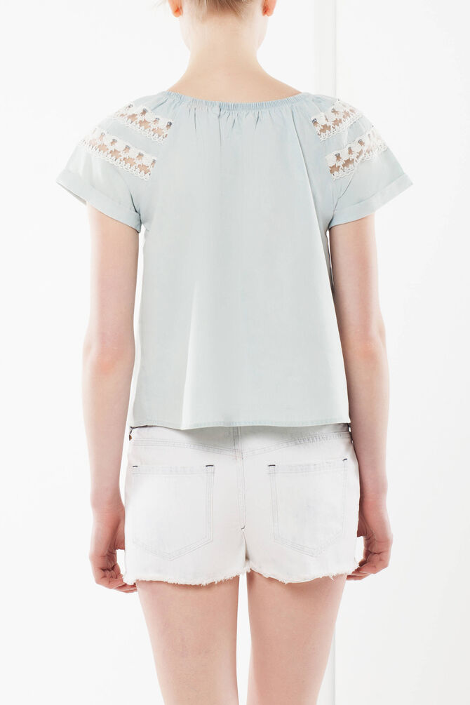 T-shirt with openwork details