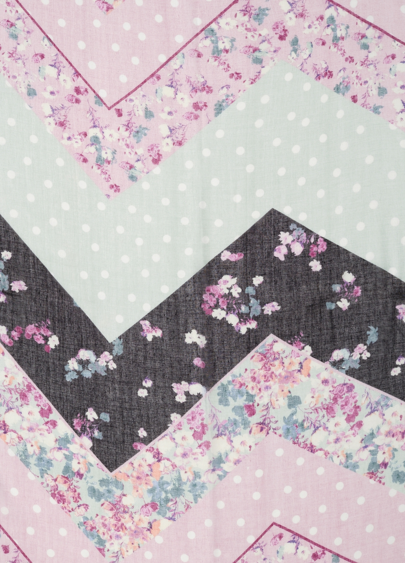 Pashmina with flowers and polka dot pattern image number null